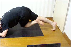 ドクタートレーニングオンラインでプランク+腹筋運動