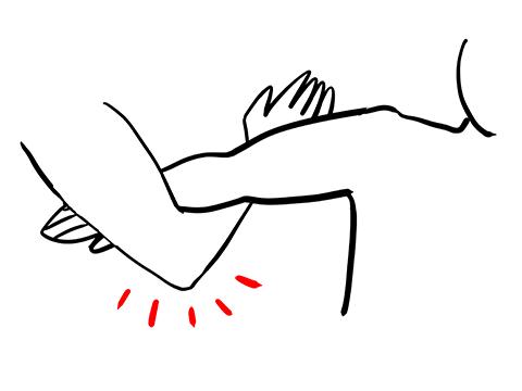 腕ひしぎ腕固めの準備段階のイラスト